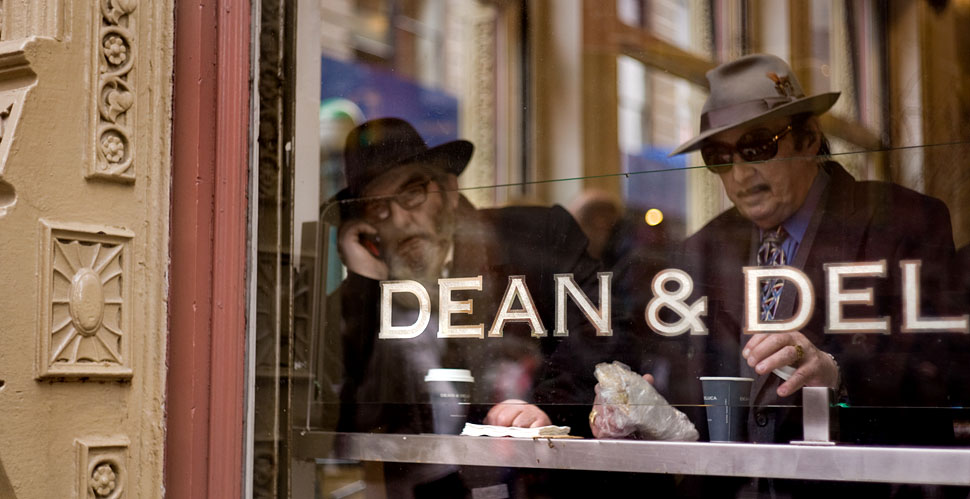 Dean & Del photographed with the Leica M9 in Nyew York City © Thorsten Overgaard