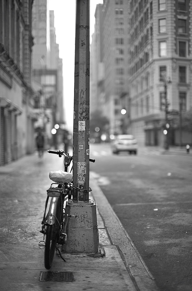 Early Sunday morning on 31st Street in New York. Leica M10 with Leica 50mm Noctilux-M ASPH f/0.95. © 2018 Thorsten von Overgaard.