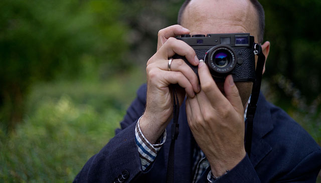 Andreas Jürgensen of the Leica User Forum with the black Leica M9-P