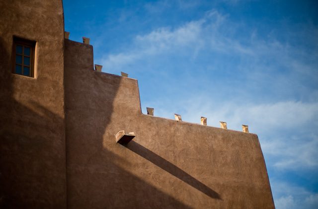 The Santa Fe colors, January 2015. The light comes from a low angle most of the day, creating very interesting long shadows on walls and streets. But also note that the sunshine is warm light, the shadow is ice cold. Leica M 240 with Leica 50mm Noctilux-M ASPH f/0.95.