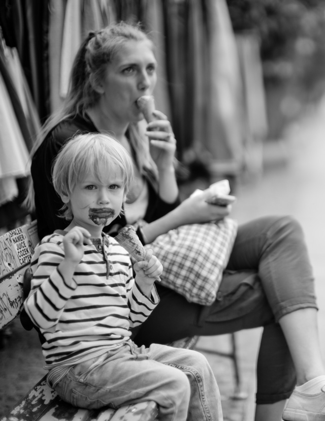 Mother and son. Leica M 246 with Leica 50mm Noctilux-M ASPH f/0.95. © 2016 Thorsten Overgaard.