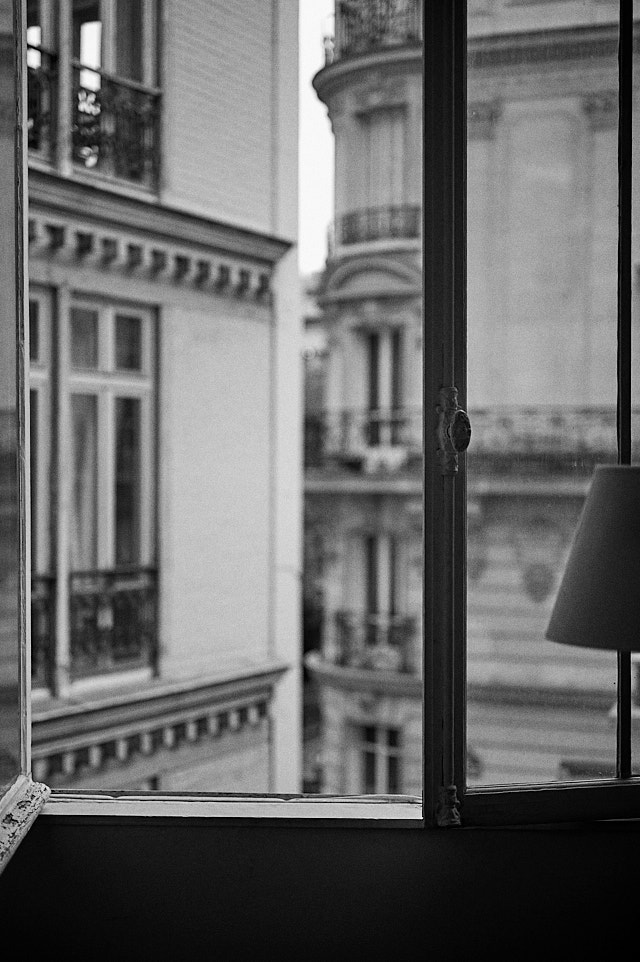 Paris. Leica M10-P with Leica 50mm APO-Summicron-M ASPH f/2.0 LHSA. © Thorsten Overgaard.