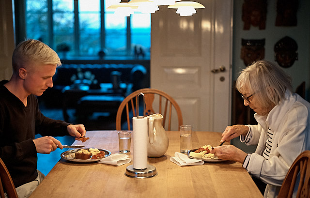Family time. My brothers son lives in the house of my mother, so he gets to hang out with his grand mother every day. Often he cooks with her. Leica M10-P with Leica 50mm APO-Summicron-M ASPH f/2.0. © Thorsten Overgaard.