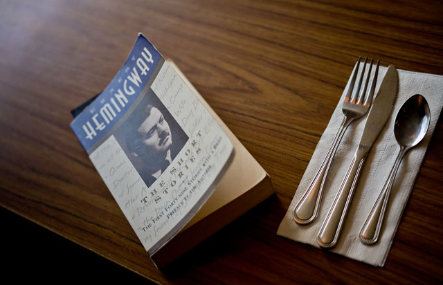 Hemingway Short Stories in the diner. Leica M 240 with Leica 50mm APO-Summicron-M ASPH f/2.0. © 2016 Thorsten Overgaard.