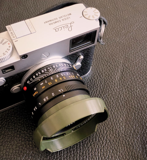 35FLE ventilated shade in Safari Olive Green for the 35mm Summilux FLE.