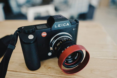 E39 RED shade on Leica SL. Photo by Tenzin