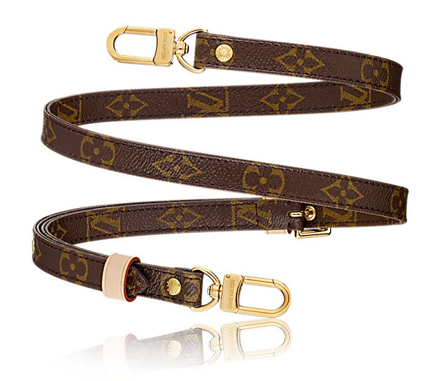 The Louis Vuitton Monogram Canvas strap no J52315 is made into a camera strap by cutting off the brass in each end and replacing them with O-rings. Length is about 125 cm extended fully.