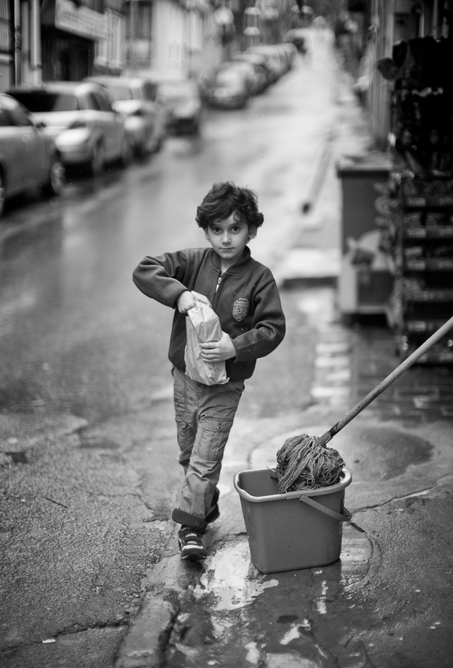 I saw this young fellow walk into the store in Istanbul to buy milk for his mother. So I sat my focus and waited for him to come out again, and then took 3-4 photos as he came out. Leica M 240 with Leica 50mm Noctilux-M ASPH f/0.95. © 2013-2016 Thorsten Overgaard.