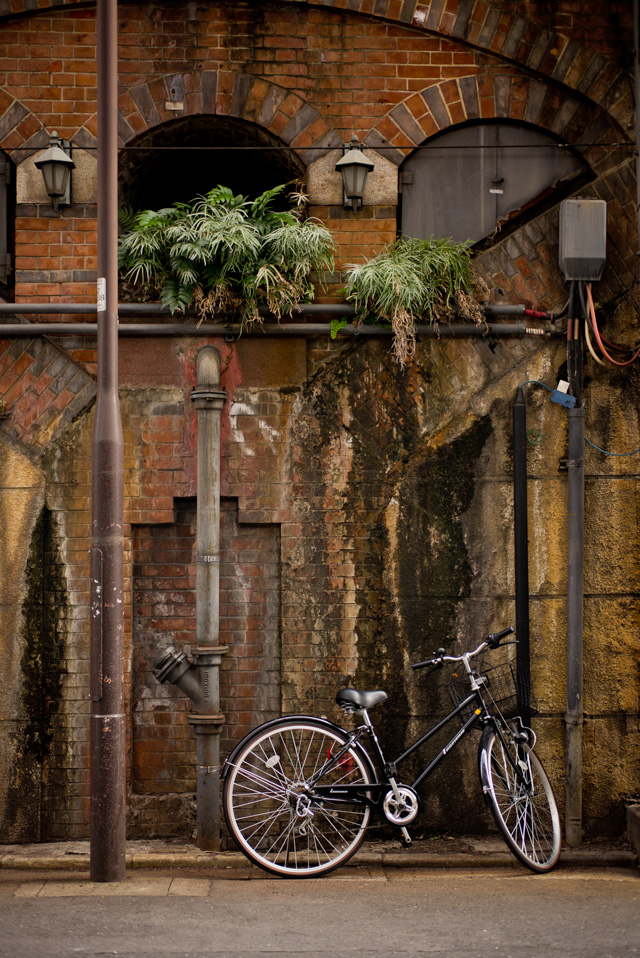 Color photogrpahy in Tokyo (and a bicycle). Leica M-D 262 with Leica 50mm Summilux-M ASPH f/1.4 Black Chrome. © 2016 Thorsten Overgaard.