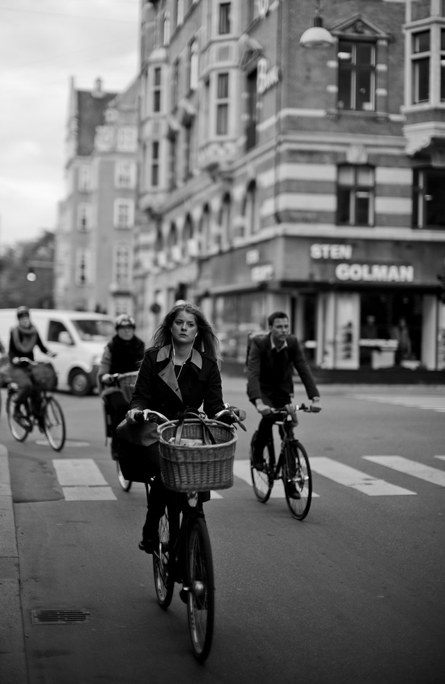 Tuesday 1 October 2013, fresh off the airpain from Paris: Copenhagen Morning 8AM Bicycle Warriors. © 2013 Thorsten Overgaard. Leica M 240 with Leica 50mm Noctilux-M ASPH f/0.95