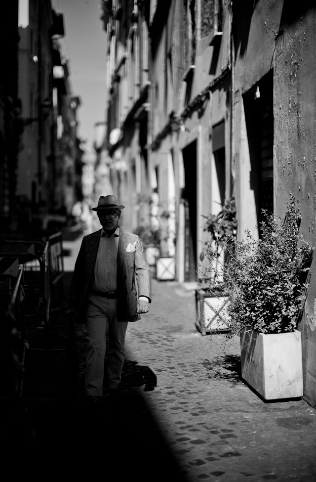 Shadows of Rome. Leica M 240 with Leica 50mm Noctilux-M ASPH f/0.95. © 2014-2016 Thorsten Overgaard