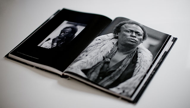The book Keeping Time contains many classic photos of Miles Davis.