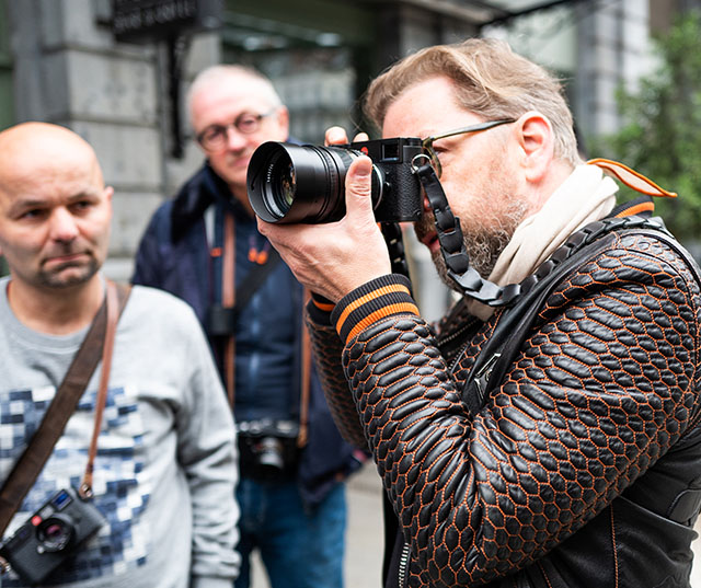 Out and about with the 75mm Noctilux in Brussels 2018. Photo by Helmut Kaind.