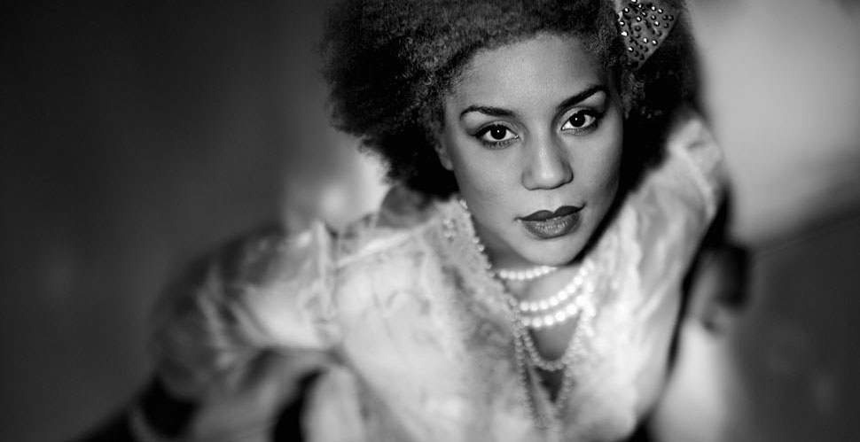 Joy Villa in Paris. Leica M 240 with Leica 50mm Noctilux-M ASPH f/0.95