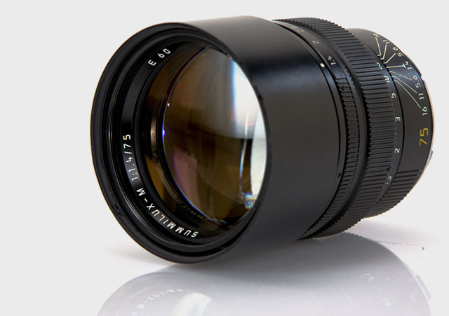 Leica 75mm Summilux-M f/1.4