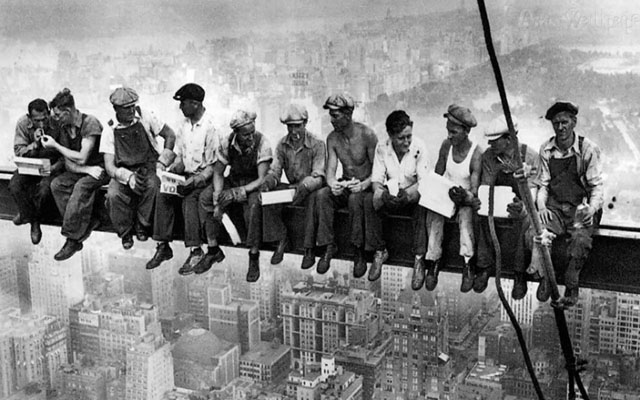 Lunch atop a Skyscraper by Charles C. Ebbets (1932).
