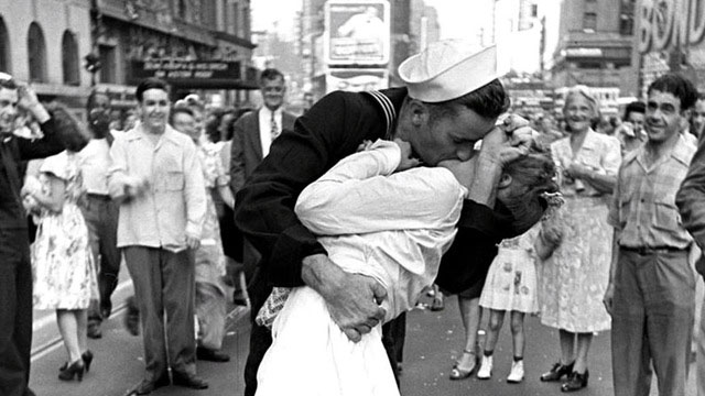 V-J Day in Times Square by Alfred Eisenstaedt (1945).