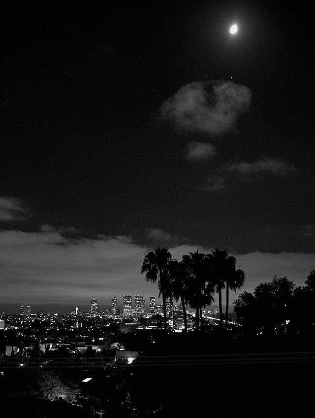 View over Los Angeles. Leica M10 at 3200 ISO and 1/15 second handheld, with Leica 50mm Noctilux-M ASPH f/0.95. © 2018 Thorsten von Overgaard.