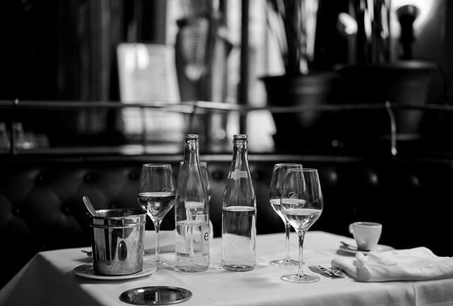 "Restaurant ""Le Grand Colbert"" in Paris, May 2016. Leica M9 with Leica 50mm APO-Summicron-M ASPH f/2.0. © 2016 Thorsten Overgaard."