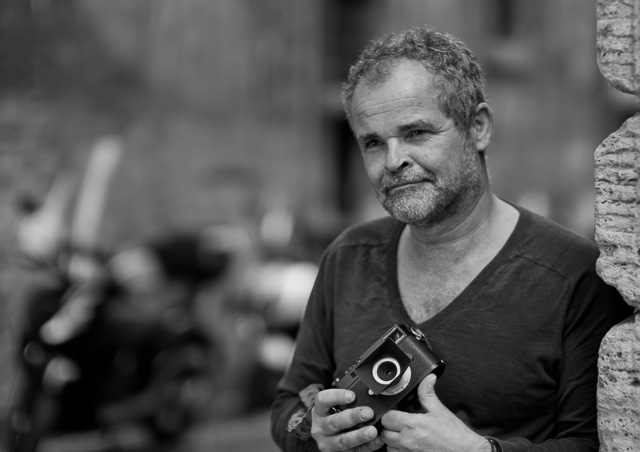 Corné van Iperen with the 28mm Summaron-M f/5.6 on his Leica M. Leica TL2 with Leica 50mm Noctilux-M ASPH f/0.95 using the Leica T to M adapter. © 2017 Thorsten Overgaard.