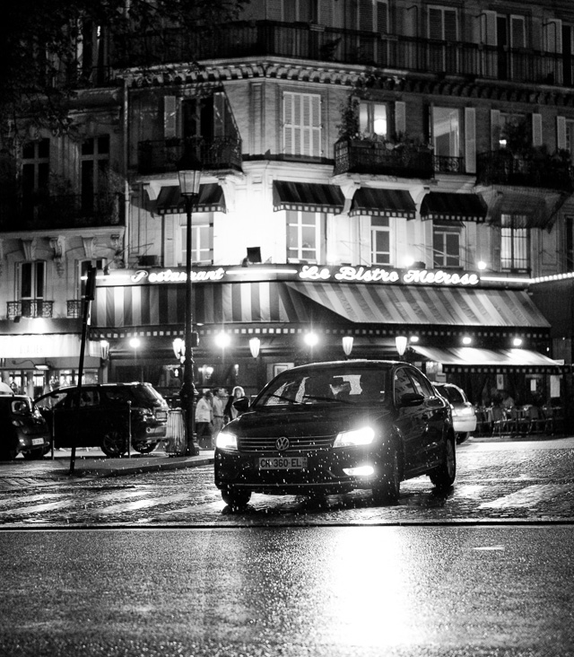 Night in Paris. Leica TL2 with Leica 35mm Summilux-TL ASPH f/1.4. © 2017 Thorsten Overgaard.