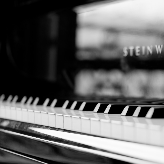 The Steinway Piano.Leica TL2 with Leica 35mm Summilux-TL ASPH f/1.4. © 2017 Thorsten Overgaard.