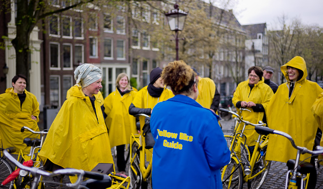 In Amsterdam they do bike rides in the rain. As you can tell it's fun. Leica M10 with Leica 35mm Summilux-M ASPH f/1.4 FLE. © 2017 Thorsten Overgaard.