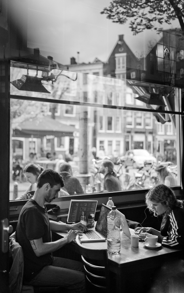 Amsterdam Cafe. Leica M10 with Leica 35mm Summilux-M ASPH f/1.4 FLE. © 2017 Thorsten Overgaard.
