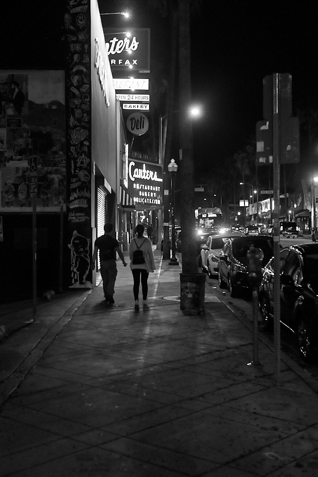 Night on fairfax Ave. Leica M10-P with 350mm Summilux-M ASPH f/1.4 BC. © Thorsten Overgaard.