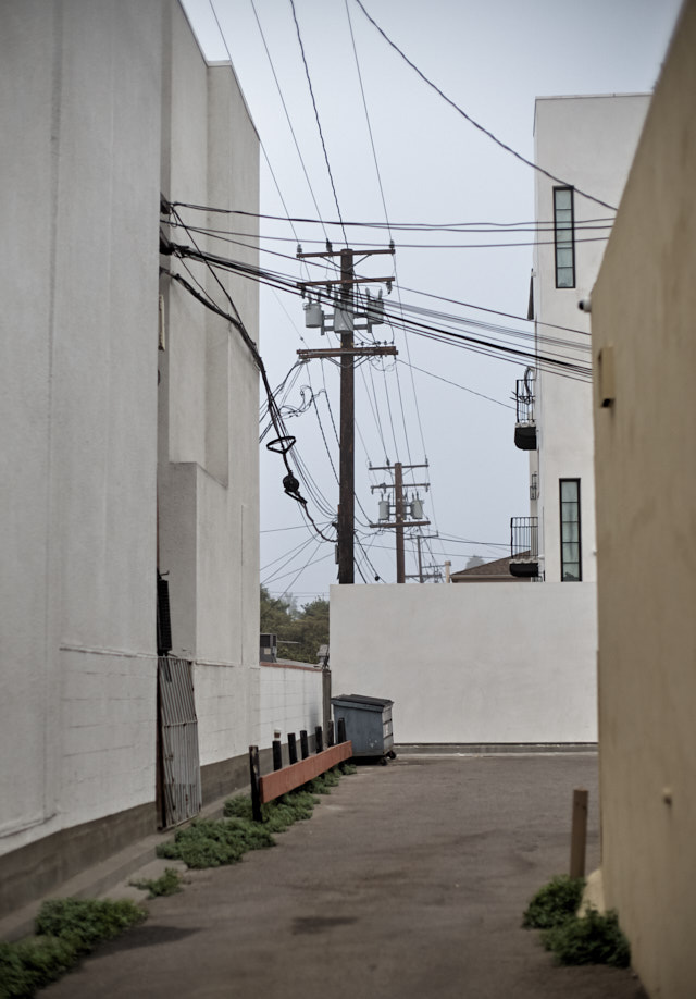 In Los Angeles, the cables are in the air, not in the ground. I sometimes imagine if the cables were not all over the place, how nice it would look. If they obstruct your view, you can actually pay to get them in the gound. © Thorstren Overgaard.