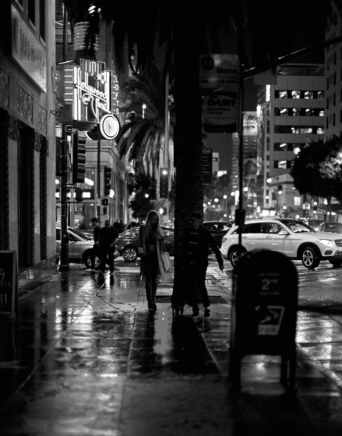 Los Angeles in the Rain. Leica M10-P with Leica 50mm Noctilux-M ASPH f/0.95. © Thorstren Overgaard.