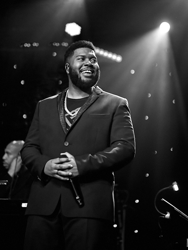 Khalid performs at the Clive Davis Pre-Grammys Gala 2020. Leica M10-P with 50mm Summilux-M ASPH f/1.4 BC. © Thorsten Overgaard.