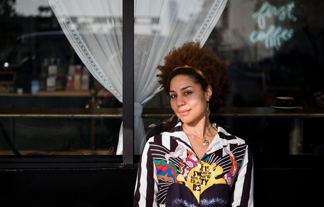 Joy Villa at Alfred Coffee Beverly Hills. Leica M10 with Leica 50mm APO-Summicron-M ASPH f/2.0 LHSA. © 2018 Thorsten von Overgaard.