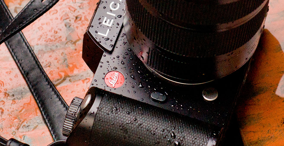 Leica Sl in the rain. © Thorsten Overgaard.