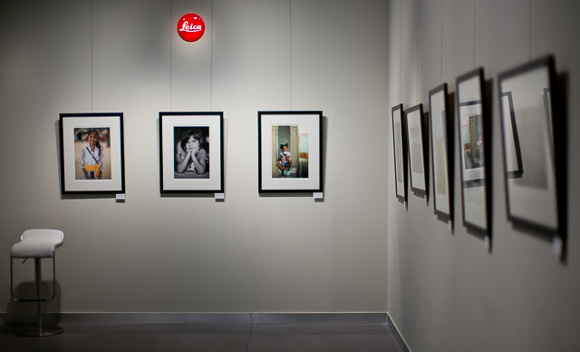The Exhibition von Overgaard is on till January 2016 in the Leica Gallery Singapore in the raffles Archade.