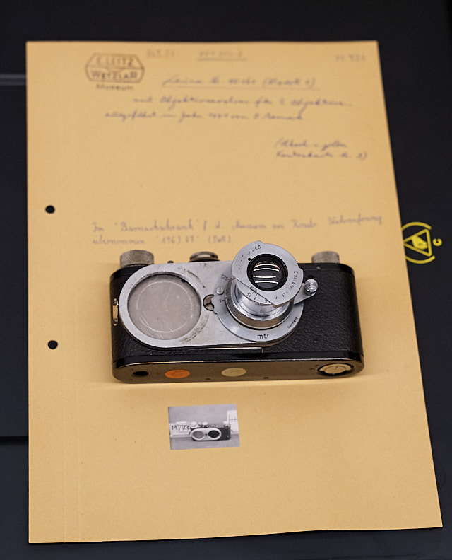 Interchangeable lenses was an idea Oskar Barnack had worked on since the first Leica. Here's a prototype he had made with the possibility of having two lenses on the camera body, changing lens by sliding over to the other one. This one existing prototype is now in the Leica Camera AG Archive in Wetzlar, along with notes and correspondance about the camera. © 2018 Thorsten Overgaard.