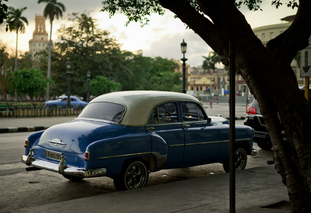 Outside Hotel Saratoga Havana at Paseo de Martí in Havana, Cuba, Leica M10 with Leica 50mm APO-Summicron-M ASPH f/2.0. © 2017 Thorsten Overgaard.