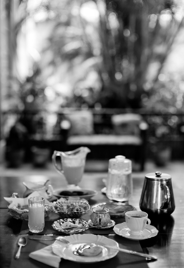 My breakfast in Cuba consisted of strong coffee, fresh juice, American pancakes, fruit, bread and eggs. Leica M10 with Leica 50mm Noctilux-M ASPH f/0.95. © 2017 Thorsten Overgaard.