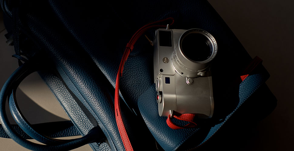 The Leica M10 Zagato version with the 35mm Summilux lens, on calfskin leater bag. © Thorsten Overgaard.