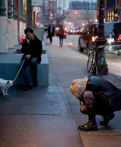 photographer Birgit Krippner with her Leica in New York