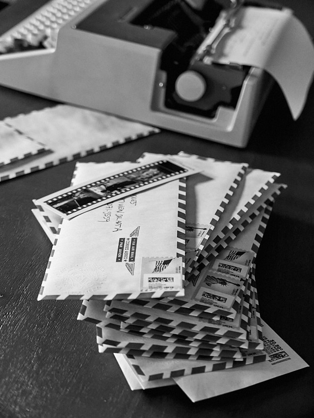 Sending bookmarks to all over the world. It's an expensive hobby, but it's wort it. Leica D-Lux 7. © Thorsten Overgaard.