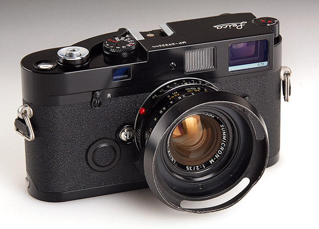 Ventilated shade on a 35mm of Elliott Erwitt's Leica MP camera.