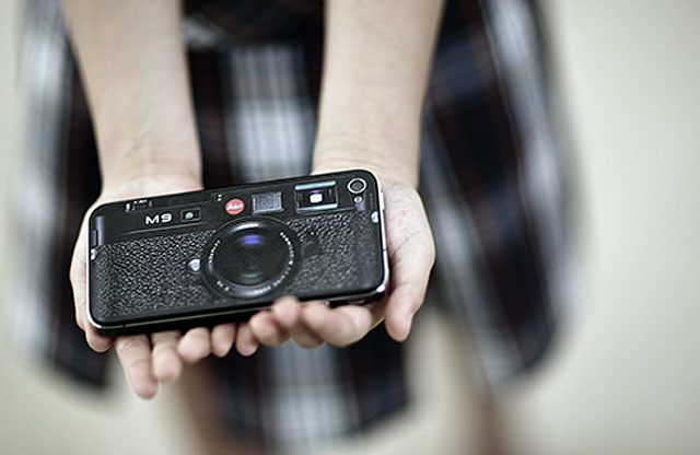 Leica M9 as iPhone 4