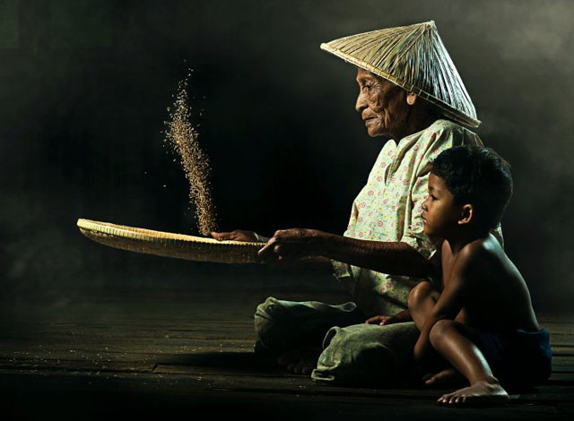 Winner of the Maybank Photogarhy Awards 2012, by Muhamad Seleh Bin Dollah.
