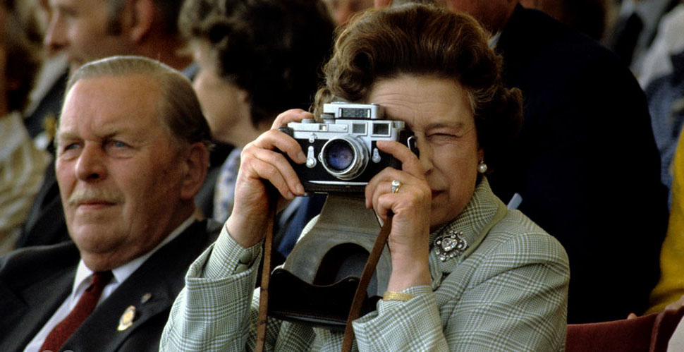 Queen Elizabeth II with her Leica.