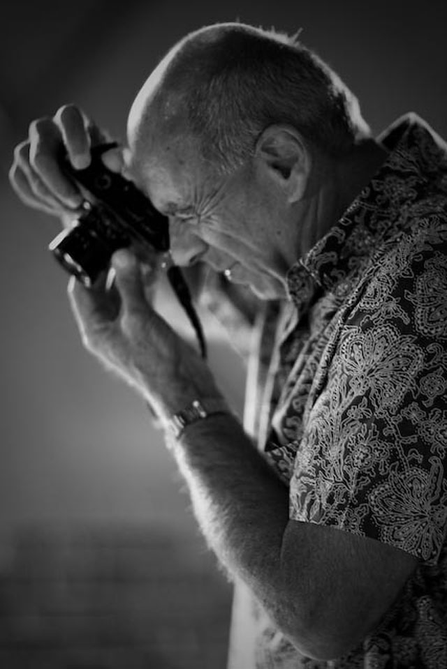 Ralph Gibson with his Leica